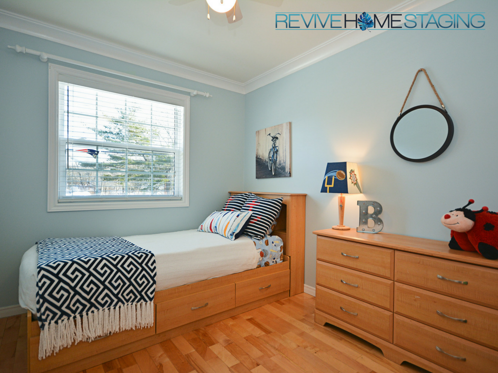 Revive-Home-Staging-Pam-MacKinnon-186-Kaye-Street-Boys-Bedroom