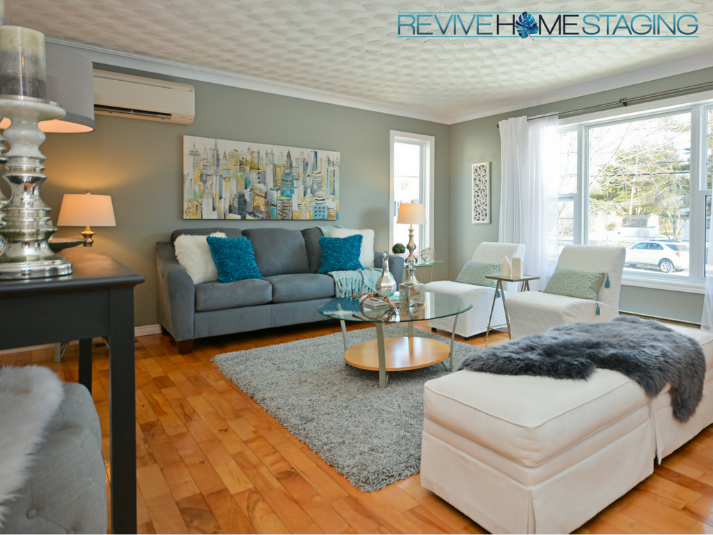 Revive-Home-Staging-Pam-MacKinnon-186-Kaye-Street-Main-Living-Room
