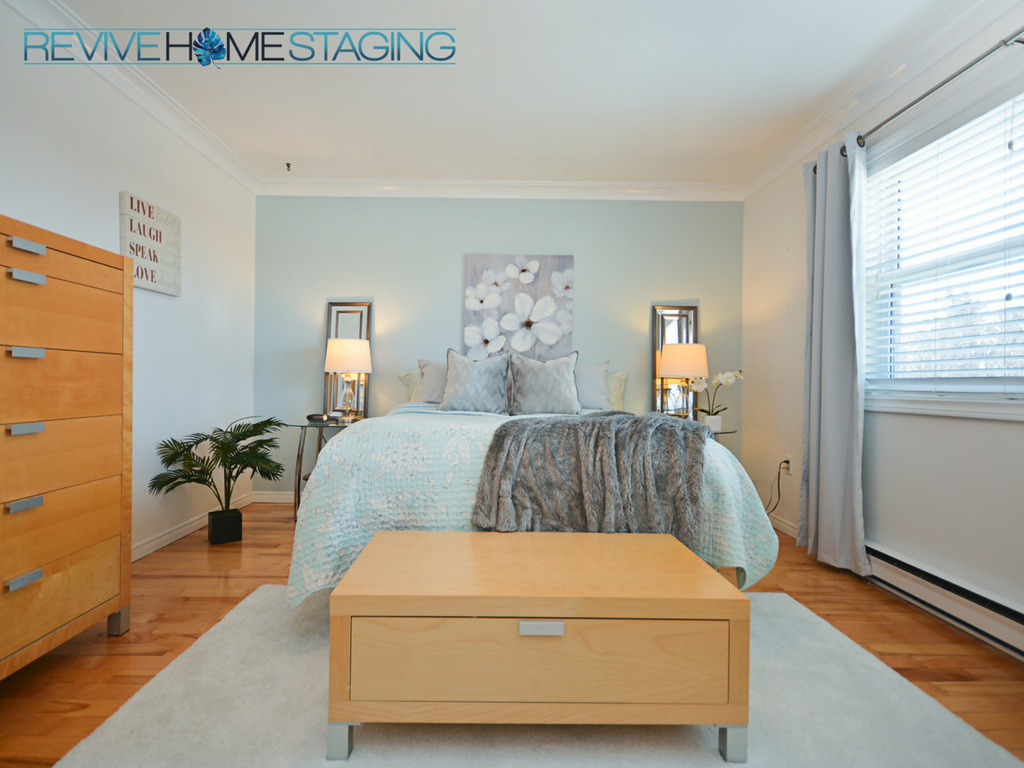 Revive-Home-Staging-Pam-MacKinnon-186-Kaye-Street-Master-Bedroom