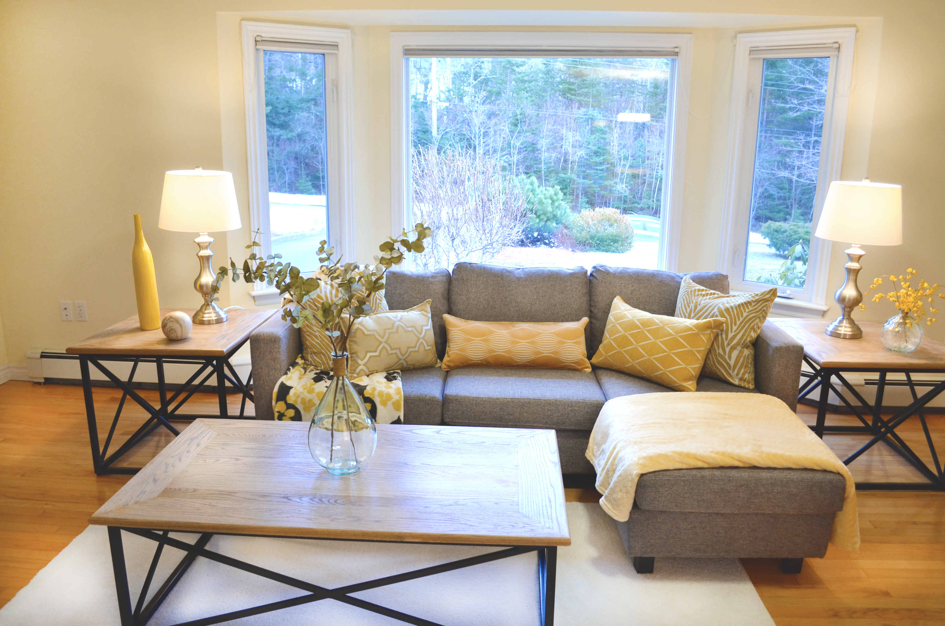 Home staging portfolio revive home staging for Home staging images